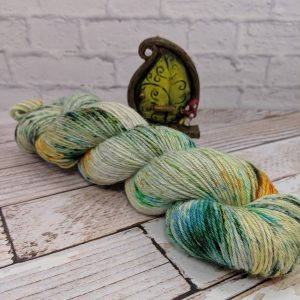 Speckle dyed alpaca yarn